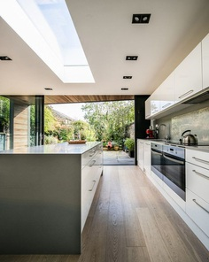Lode House in South East England by Henry Goss Architects 4