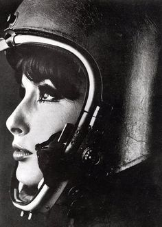 CAFE' RACER CULTURE: Helmets #woman #photo #helmet #retro #portrait
