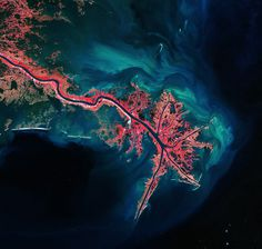 The earth, that is sufficient, I do not want the constellations any... but does it float #satellite #photo #river #water