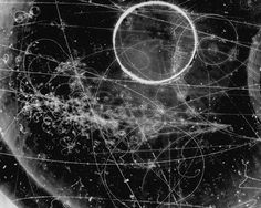 NASA (scanzen: Particle Tracks On Film from the...)