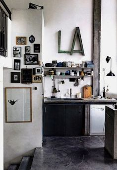 Industrial kitchen | iainclaridge.net #interior #house