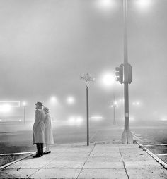 Black and White Photography by Fred Lyon #inspiration #white #black #photography #and