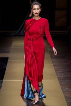 5 takeaways from the Atelier Versace show #versace