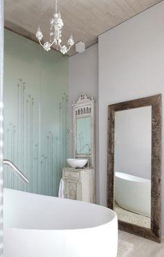 CJWHO ™ (Soplo House Bathroom, Santiago, Chile | Cazú...) #white #design #interiors #bathroom #photography #luxury
