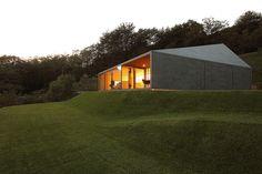 montebar villa by jm architecture