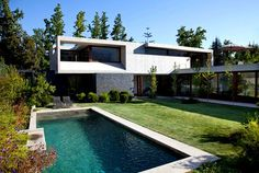 Modern and Dynamic Chilean House dynamic chilean house pool area #house #design #dream #home #pool #architecture