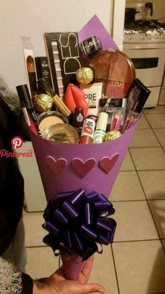 - makeup gift basket