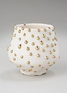 ltvs takurokuwata 04.jpg (650×900) #vase #white #gold