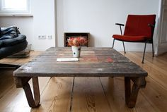 Pallet Table in novel interior #table