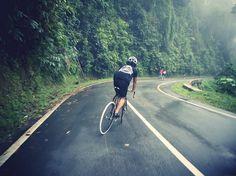 http://prollyisnotprobably.com/assets_c/2011/09/Faz%20Adhili-22706.php #lush #bicycle #jakarta #faz #adhili #downhill #bike