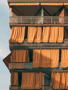 #orange #photography #repetition #balconies #barcelona