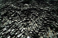 Hi-Def Photos - Earth From Above: Stunning Images by Yann Arthus-Bertrand - My Modern Metropolis #caracas #venezuela #architecture #favelas