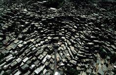 Hi-Def Photos - Earth From Above: Stunning Images by Yann Arthus-Bertrand - My Modern Metropolis #caracas #venezuela #architecture #favelas