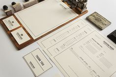 Graphic ExchanGE a selection of graphic projects #branding #black #simple #identity #vintage