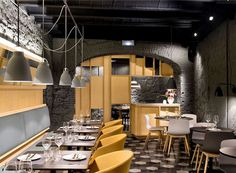 Chic Barcelona Restaurant by Adam Bresnick architects nordic influence furnishing restaurant #interior #design #restaurant