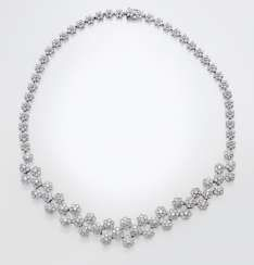Diamond necklace with floral motifs