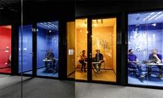 IT Mocny Office Space by ZONA Group - InteriorZine
