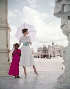 Norman Parkinson - Winter sunshine wardrobe in India - Photos - Photohab - Photographer's Portfolios #fashion #photography #inspiration