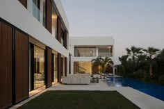 The Burj Residence in Dubai / VSHD Design