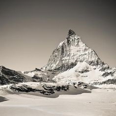 Mountain Photography by Julia Britvich | Professional Photography Blog #inspiration #photography #landscape