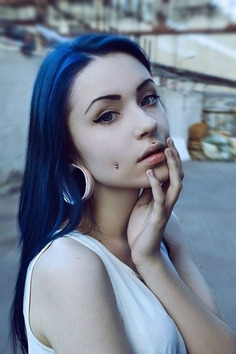 Medusa Piercing Detailed Guide to Know Everything with Design Ideas