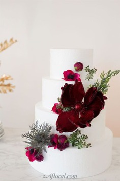 How To Put Silk Flowers On A Wedding Cake - floral cakes