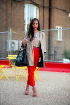 The height of urban chic via Street style aesthetic blog.