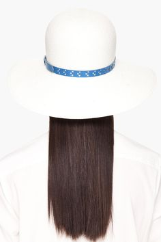 She must have, Beach hat 3
