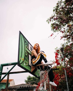 Vibrant Fashion and Street Style Photography by Murilo Folgosi