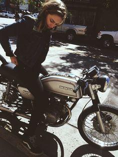 Honda CB200 – slow maybe but i WANNNNNT one! #motorbike #ride #travel #image #simple #honda #bike