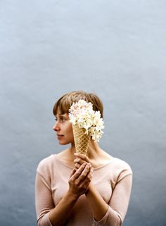 kinfolk #kinfolk #woman #flowers
