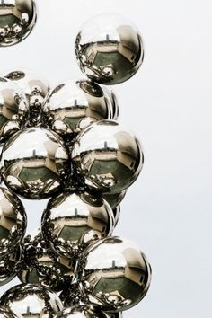 Category: Talents » Jonas Eriksson #metal #balls #reflections