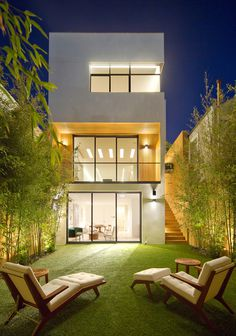 A New Four-Level Home In San Francisco Includes A Panoramic Roof-Top Deck