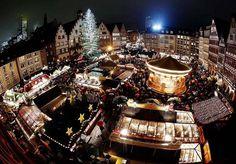 6 Christmas art tree in Frankfurt Germany