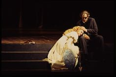 Monte Pederson (Wotan) and Marilyn Zschau (Brünnhilde) in Wagner's Die Walküre, 1995 © Gary Smith