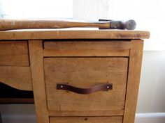 How To Make Drawer Pulls From A Used Belt #diy #desk #leather