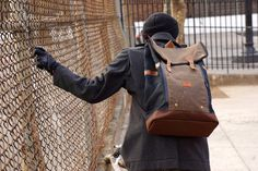 Babylon Backpack Navy / Brown #tech #flow #gadget #gift #ideas #cool
