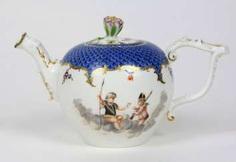 rare teapot with animal-head spout to 1745/50 #Sets #Teasets #Porcelainsets #Antiqueplates #Plates #Wallplates #Figures #Porcelainfigurines #porcelain