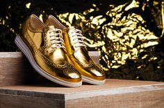 Image of Cole Haan Limited Edition Gold LunarGrand #fashion #photo #shoes #apparel