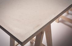 Concrete Desk in defringe.com #concrete #defringe #design #product #desk