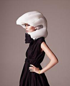 Hövding bike helmet #girl #design #helmet #hvding #bike #fashion