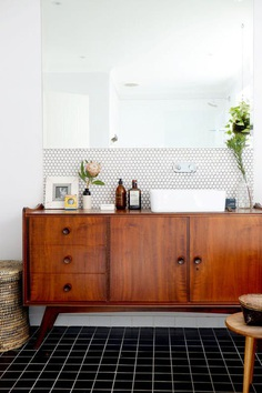 Spring Cleaning Decluttering Tips   Apartment Therapy