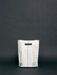 THEARTISTANDHISMODEL #packaging #bag #layout #typography