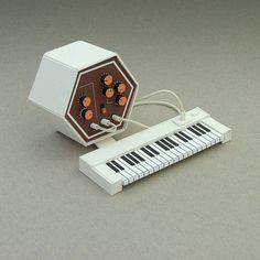 Hexatron #miniatures #synth #craft #art #paper