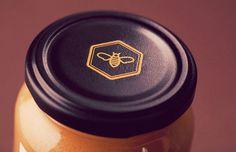 Nahuel Honey Jar Cap #stamp #icon #classic #bee #cap #vintage #honey #logo