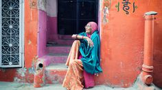 http://oldmate-creative.tumblr.com/post/78584953159/old-lady-jaisalmer #colourful #photography #orange #people