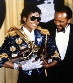 michael_jackson_and_quincy_jones_at_the_grammys_in_1116397641.JPG (JPEG Image, 528x600 pixels) #joseph #jackson #shamone #michael