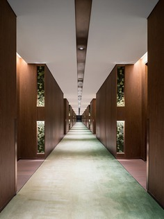 guestroom corridor / CL3 Architects Limited