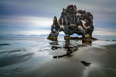 Icelandic Dinosaur – Fubiz™ #water #formation #geology #rock #cliff #sea #photography #sand #iceland #dinosaur #beach #waves #coast