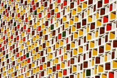 Colorful facade | 2Modern Blog #facade #earthy #warm #autumn #architecture